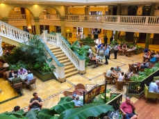 Lobby of the Hotel Parque Central
