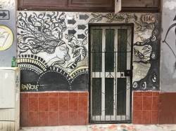 graffiti_door